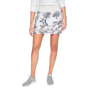 ATHLETA Floral Print Laser Run Skort Skirt XS